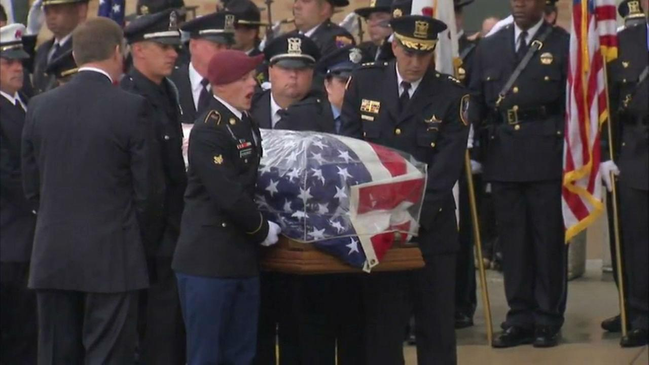 Memorial services held for Lt. Joe Gliniewicz