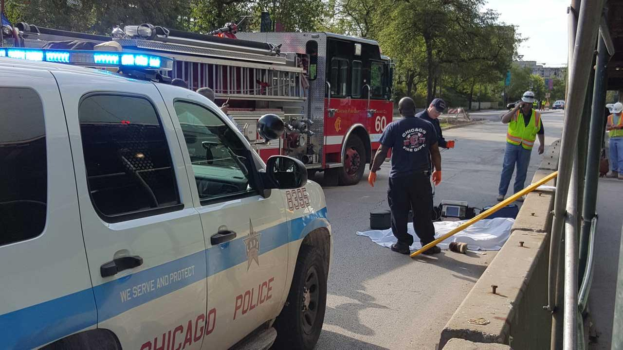 A construction worker fell to his death Monday morning in the Kenwood neighborhood on the citys South Side.