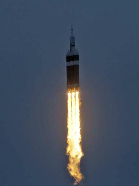 nasa orion rocket before lift off - photo #10