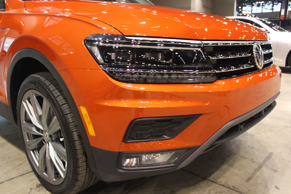 <div class='meta'><div class='origin-logo' data-origin='WLS'></div><span class='caption-text' data-credit=''>Front detail on the all-new 2018 Volkswagen Tiguan debuts at the Concept and Technology Garage event at the 2017 Chicago Auto Show on Feb. 8, 2017.</span></div>