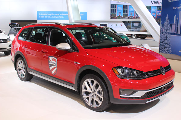 <div class='meta'><div class='origin-logo' data-origin='WLS'></div><span class='caption-text' data-credit=''>The 2017 Volkswagen Alltrack Golf on display at the 2017 Chicago Auto Show on Feb. 9, 2017.</span></div>