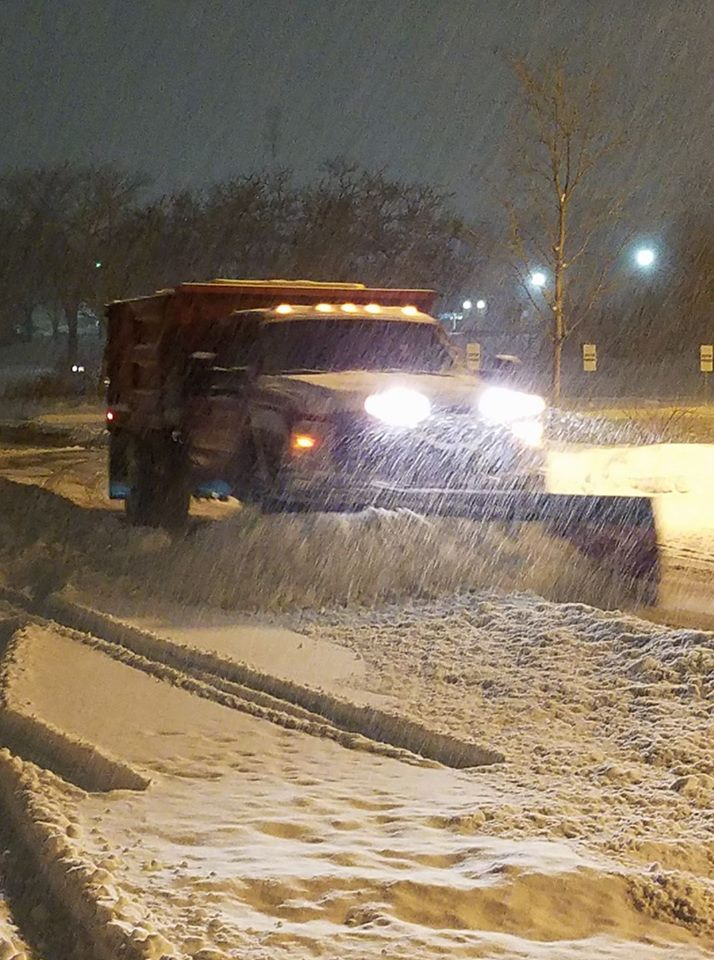 <div class='meta'><div class='origin-logo' data-origin='WLS'></div><span class='caption-text' data-credit='Kari Parker'>Snow in Lisle.</span></div>