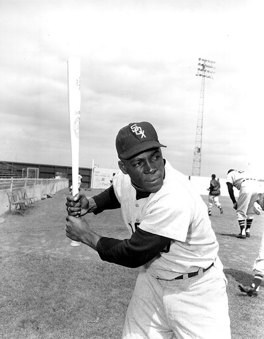 "<div class=""meta image-caption""><div class=""origin-logo origin-image none""><span>none</span></div><span class=""caption-text"">FILE - In a March 9, 1957 file photo, Chicago White Sox outfielder Orestes ""Minnie"" Minoso poses in batting position at Al Lopez Field in Tampa, Fla.  ((AP Photo, File))</span></div>"