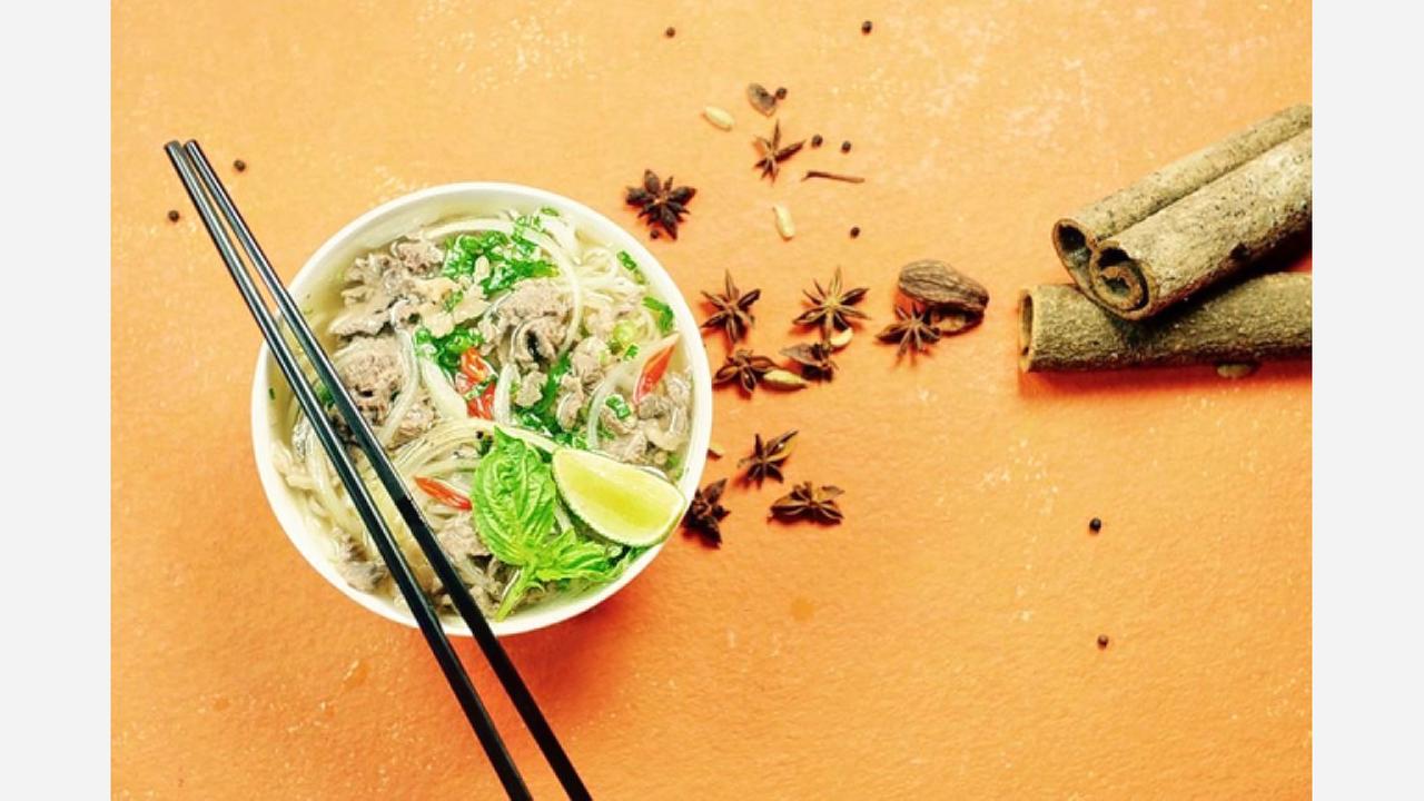New Vietnamese Spot 'Lotus Banh Mi' Opens In The Loop