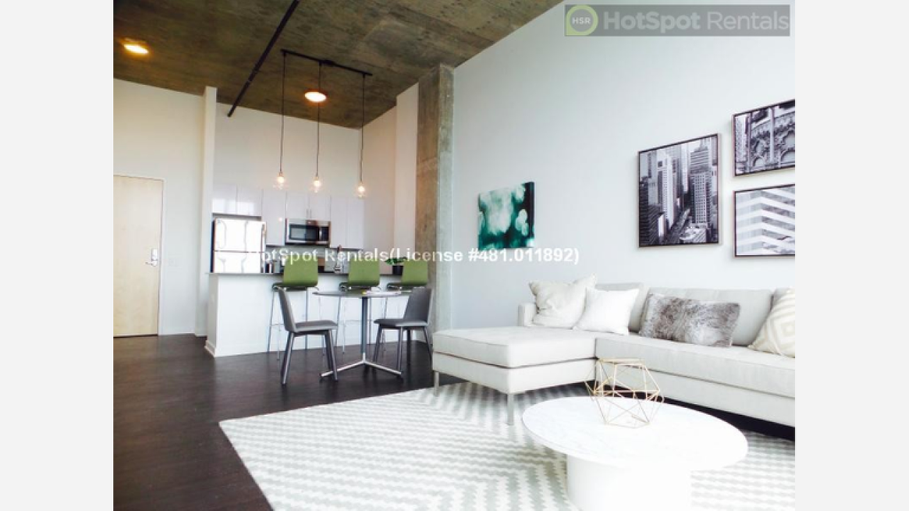 Renting in West Town: What Will $1,800 Get You?