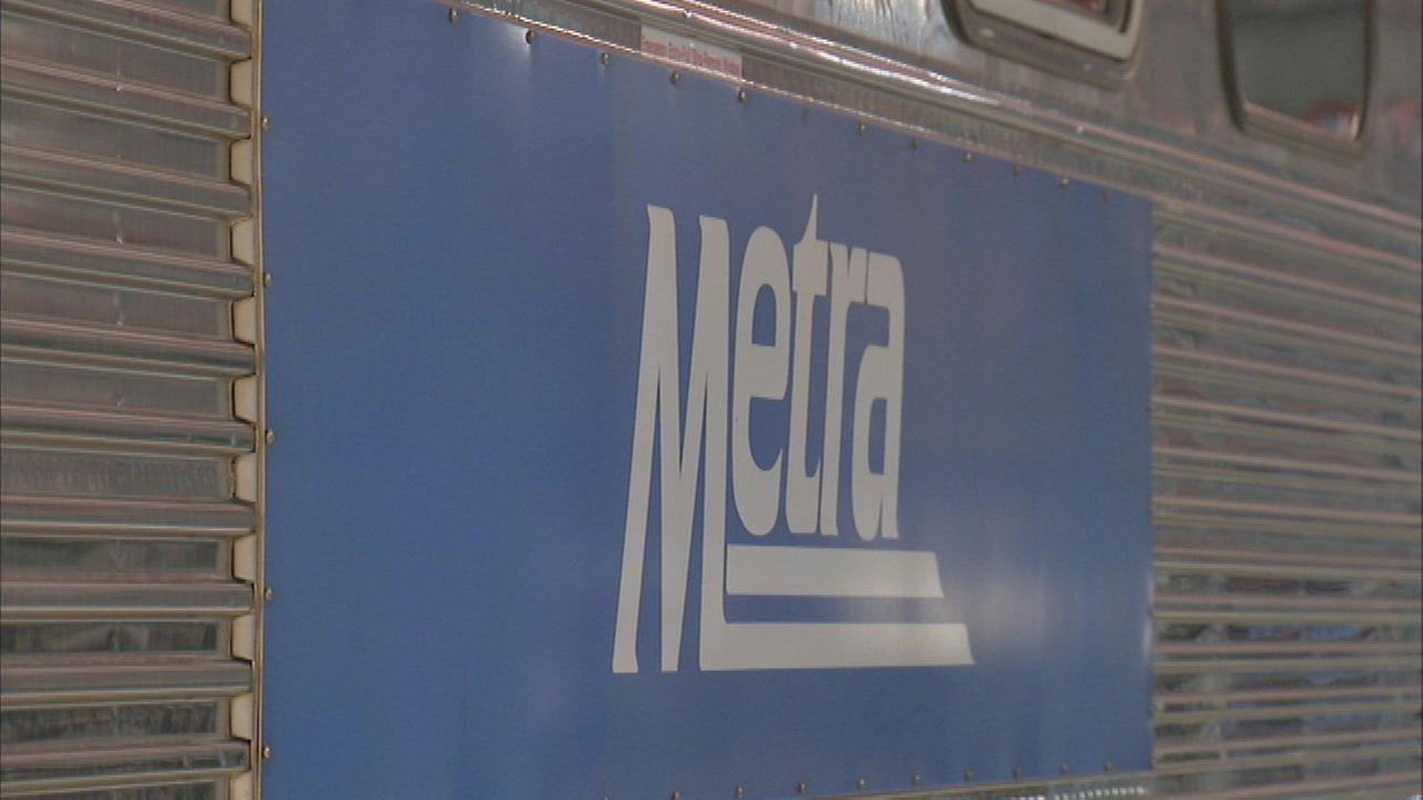 Metra train clips vehicle in Orland Park