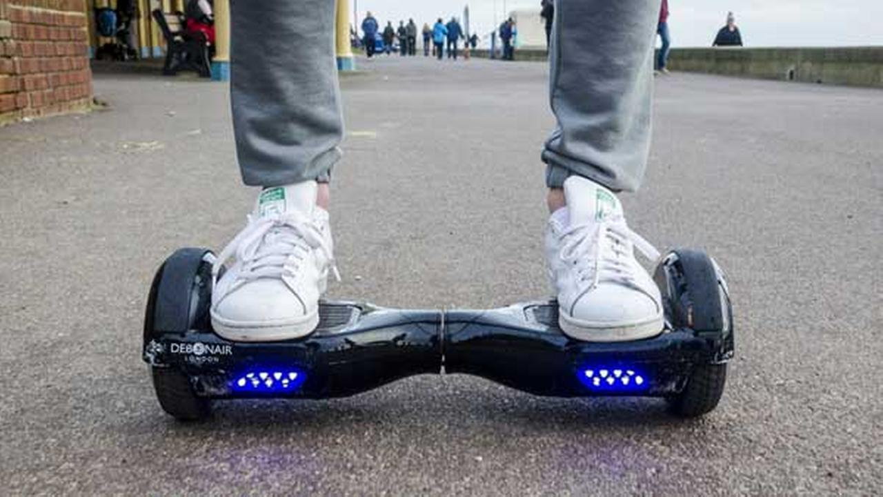 CPSC chairman calls for suspension of online hoverboard sales