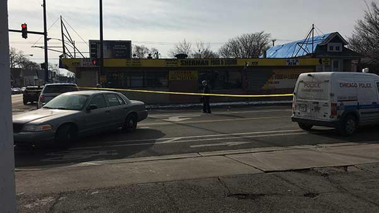 2 teens shot in West Englewood