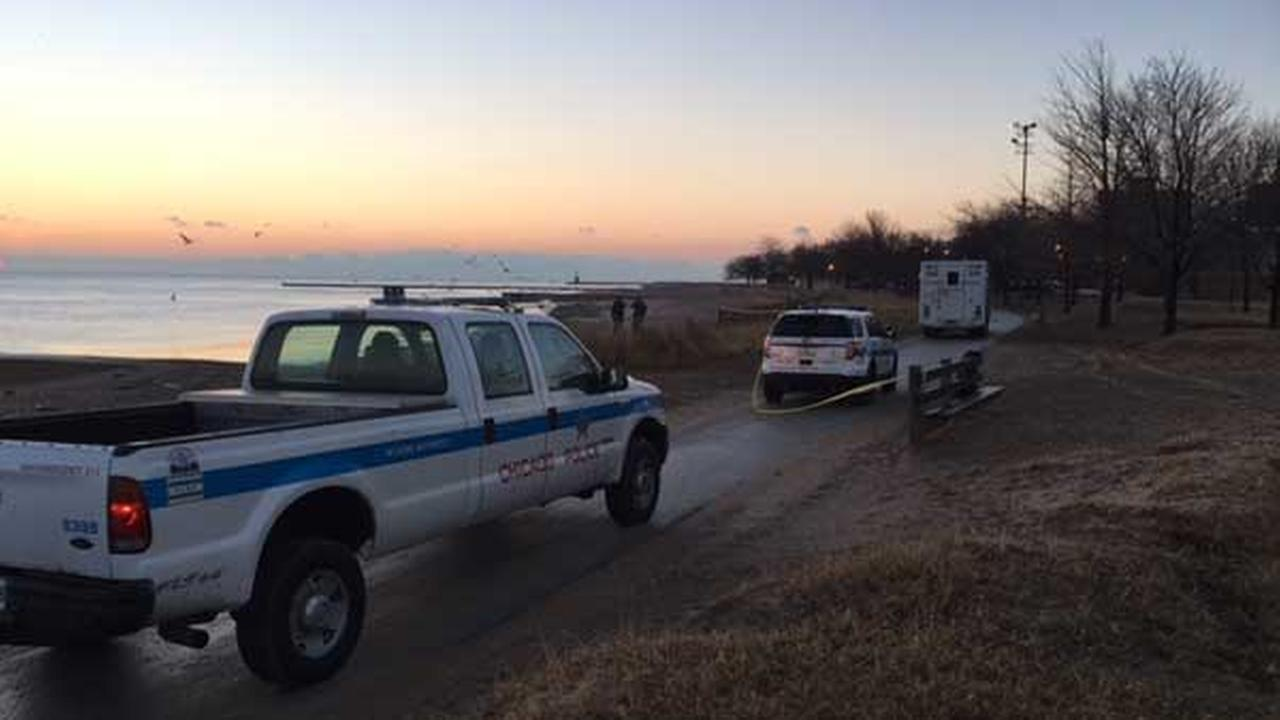 Chicago police are conducting a death investigation after a mans body was found along Lake Michigan near West Touhy Avenue.