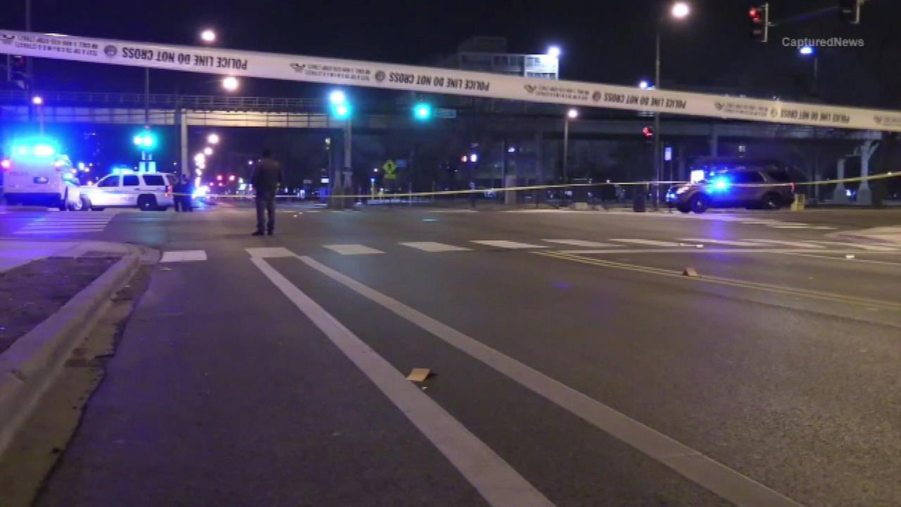 Man, 23, shot near IIT campus in Bronzeville
