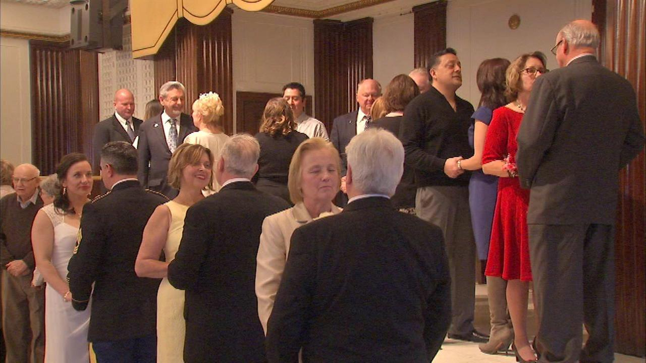 Chicago Police Chaplains Section hosted a group wedding on Valentines Day.