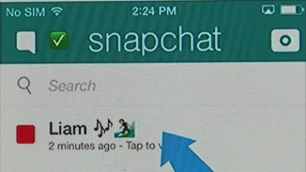 girl streamers snapchat With the advent of social media apps such as snapchat and instagram, people are now so quick and ready to share snippets of their lives and here's the thing about belive: it is a reward-centric live-streaming app that claims to pay their live streamers for every engagement that they receive from their.