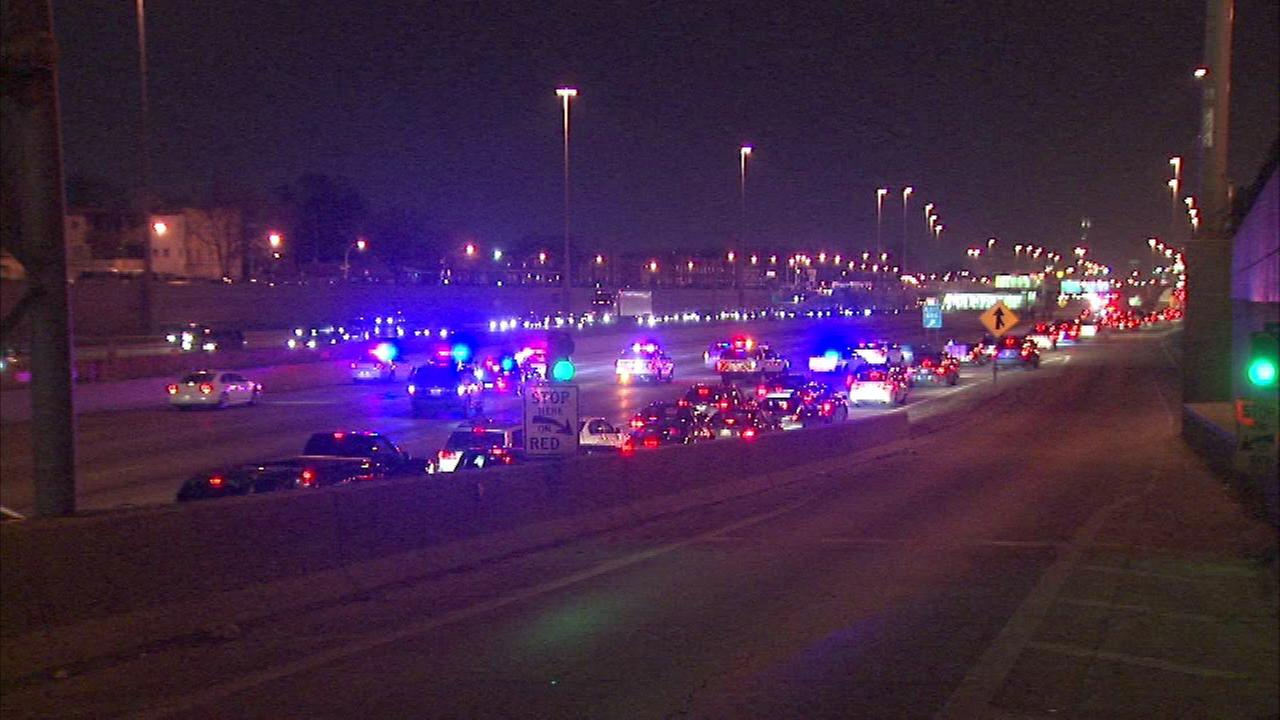 Dan Ryan re-opens between 71st, 75th after report of shots fired