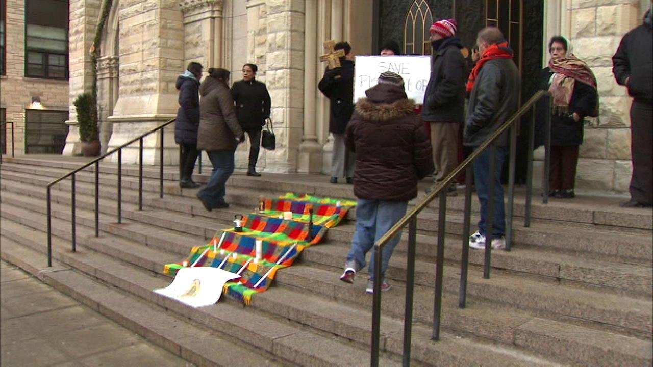 Pilsen parishioners protest reconfigured churches