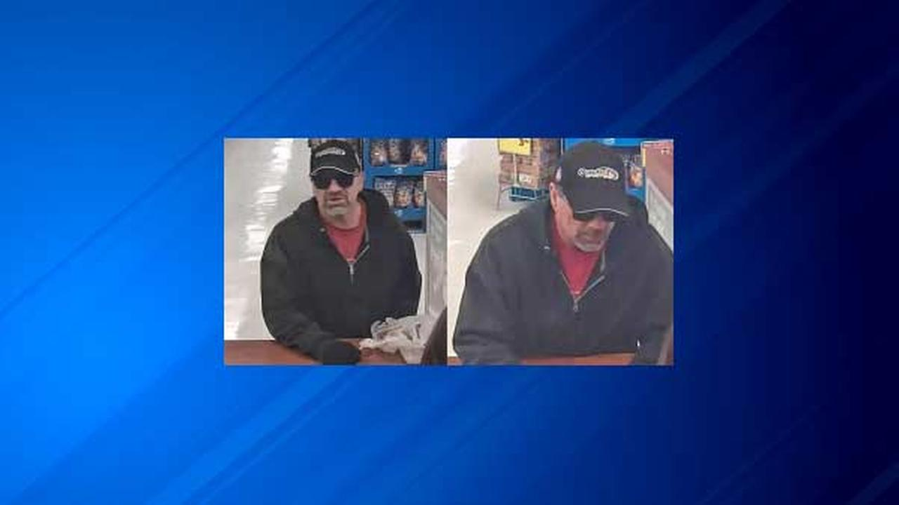Man robs TCF Bank in Norwood Park