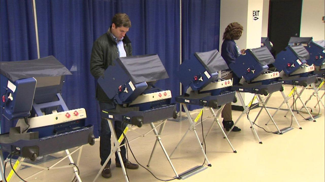 Suburban Cook County early voter turnout sets new record
