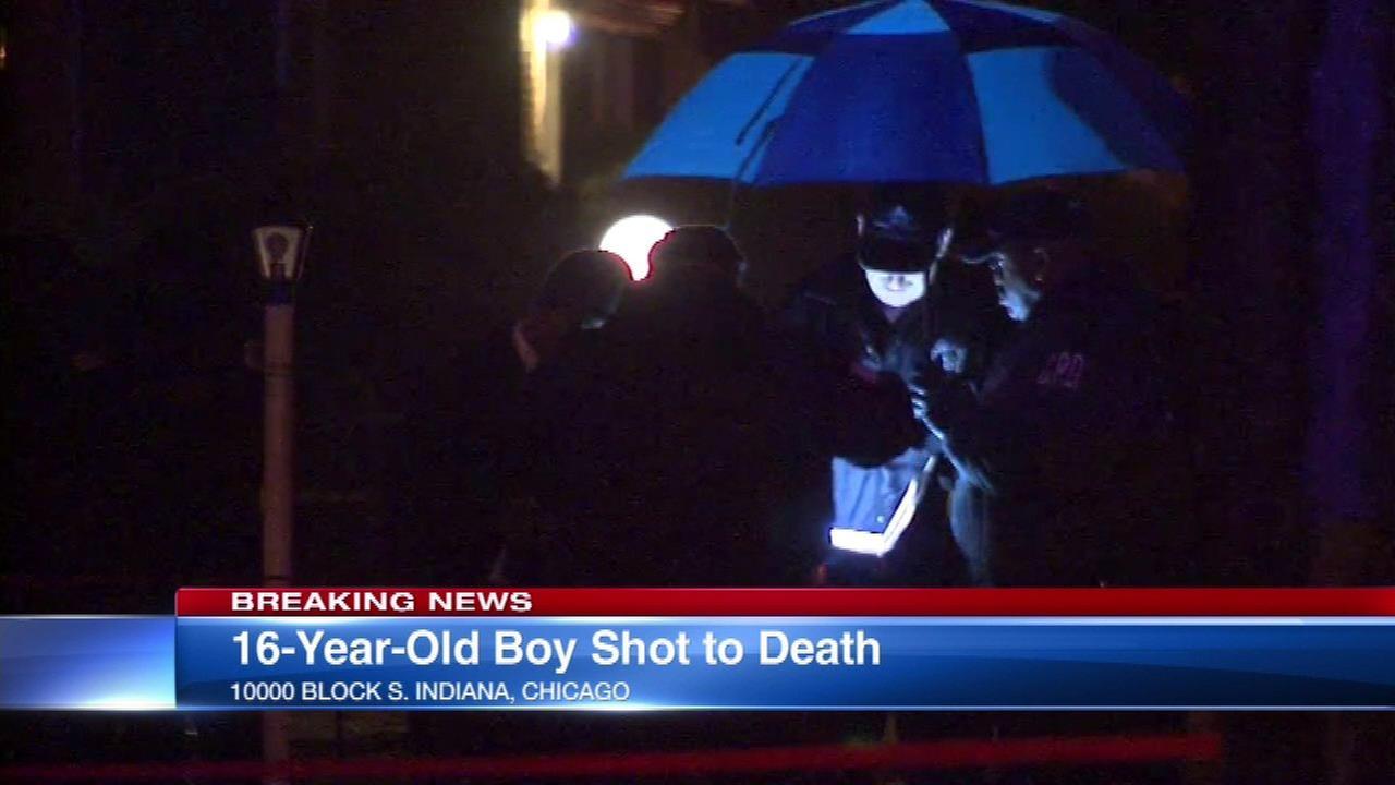 16-year-old fatally shot in Rosemoor