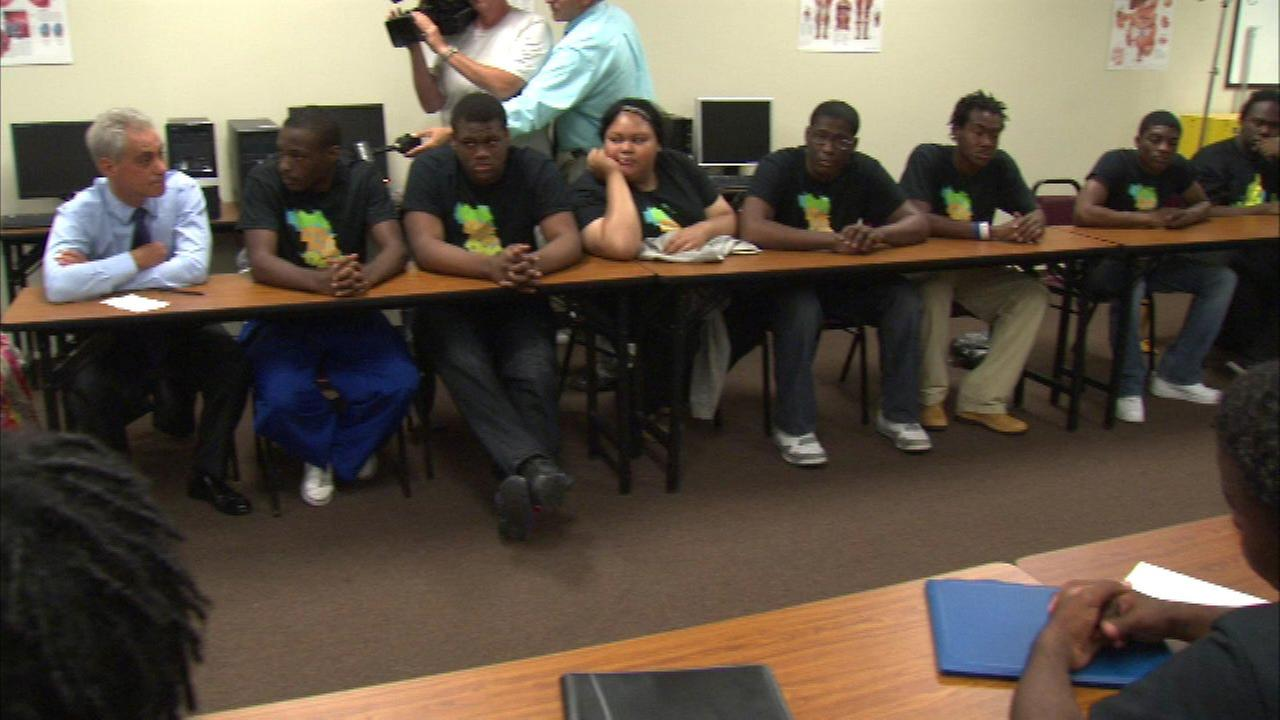 One Summer Chicago youth employment program adds 3,000 jobs
