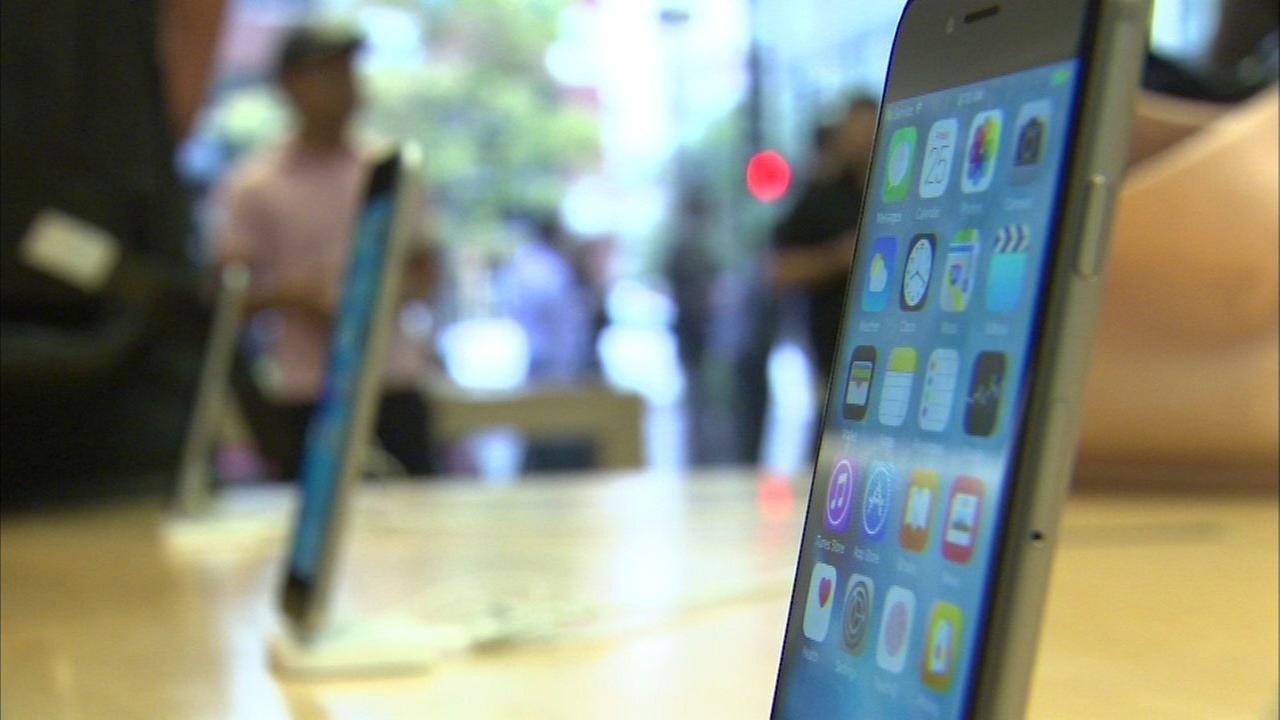 Media companies sue FBI for details on iPhone hacking tool