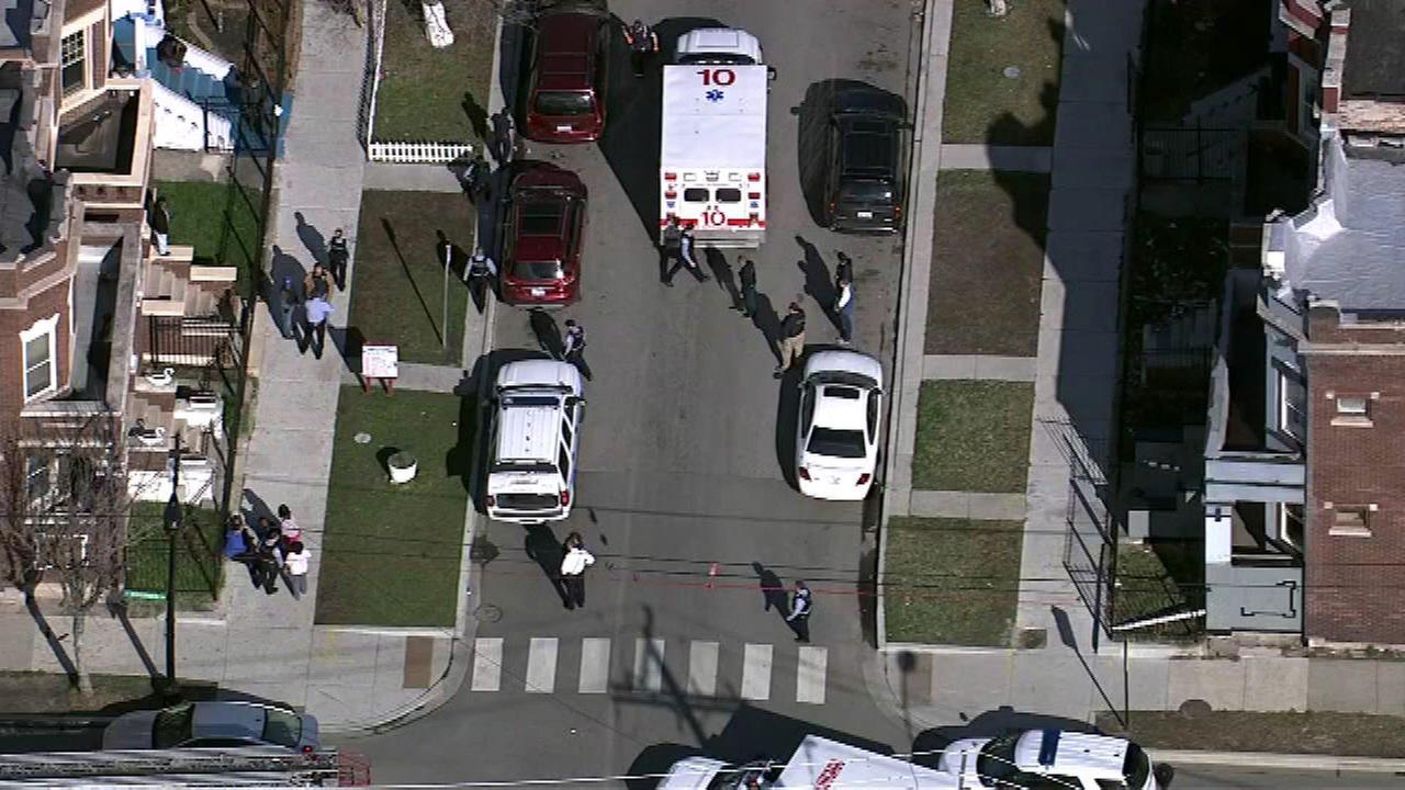 2 killed, 1 injured in West Garfield Park shooting