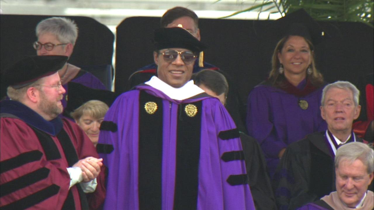 Stevie Wonder receives honorary degree at NU graduation