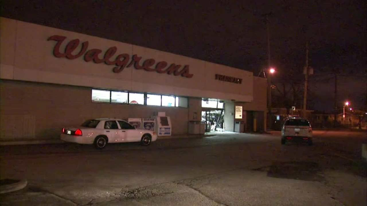 Car crashes into SW Side Walgreens