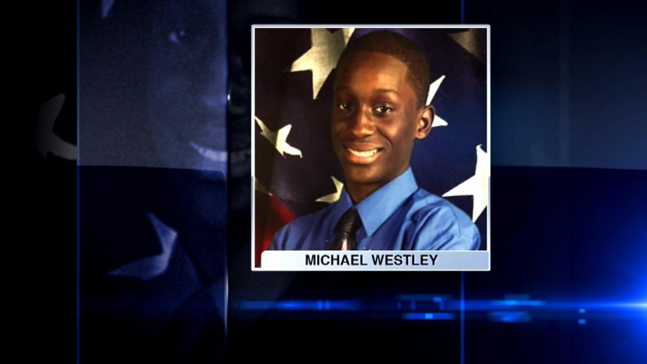 Family of teen shot by Chicago police wants more video released