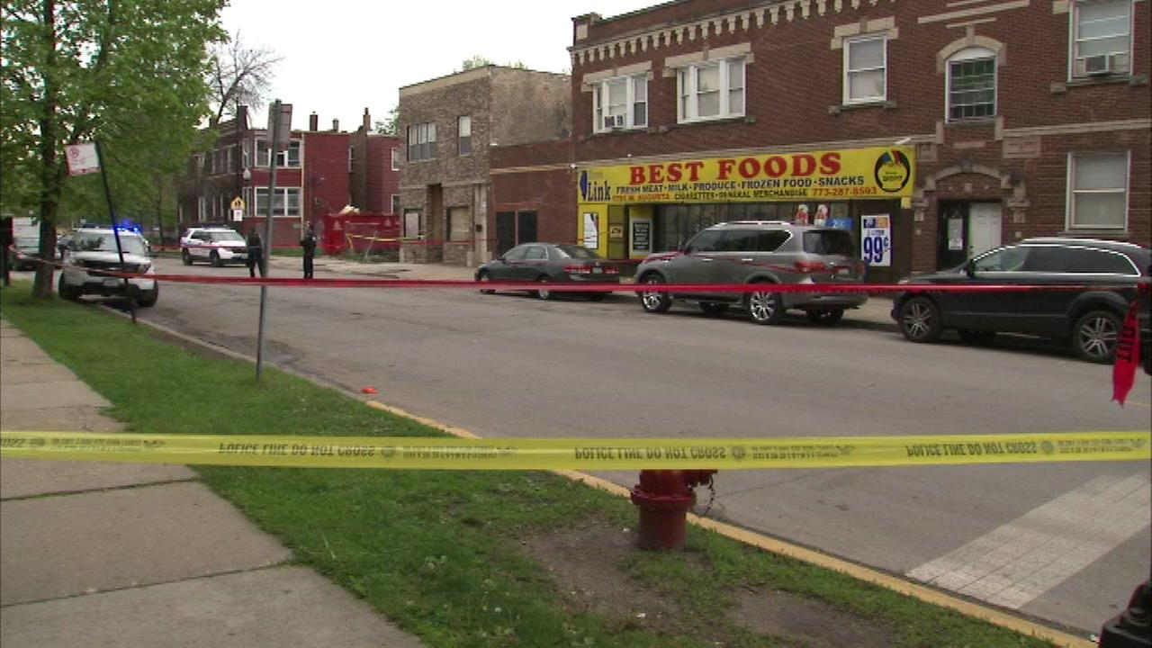 A shooting took place just blocks away from where Chicagos new top cop talked about violence with West Side residents.