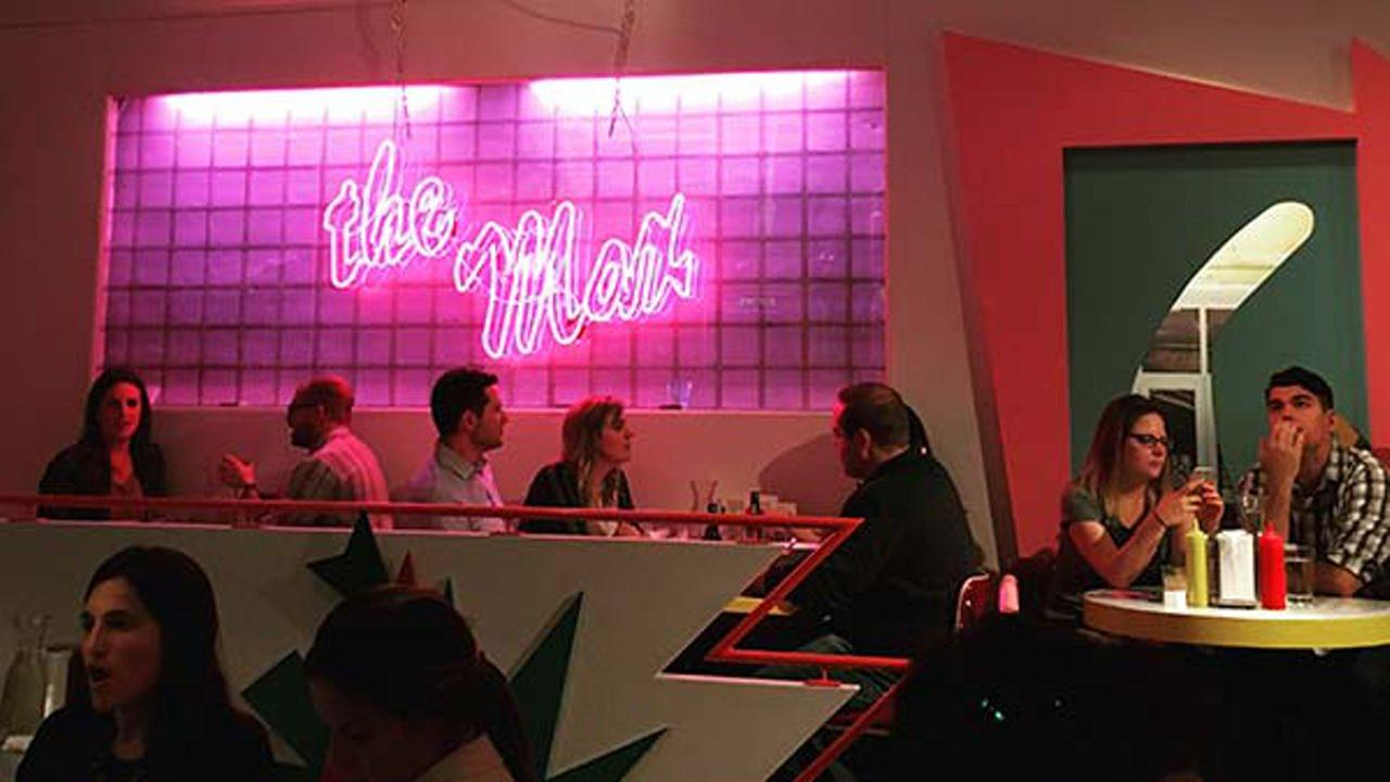A Chicago pop-up diner pays homage to teen sitcom Saved by the Bell in the Wicker Park neighborhood.