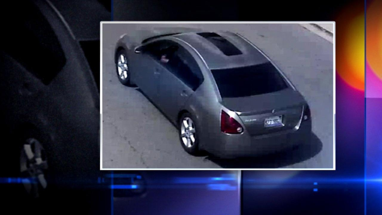 Police investigating purse thefts at Indiana, Illinois gas stations