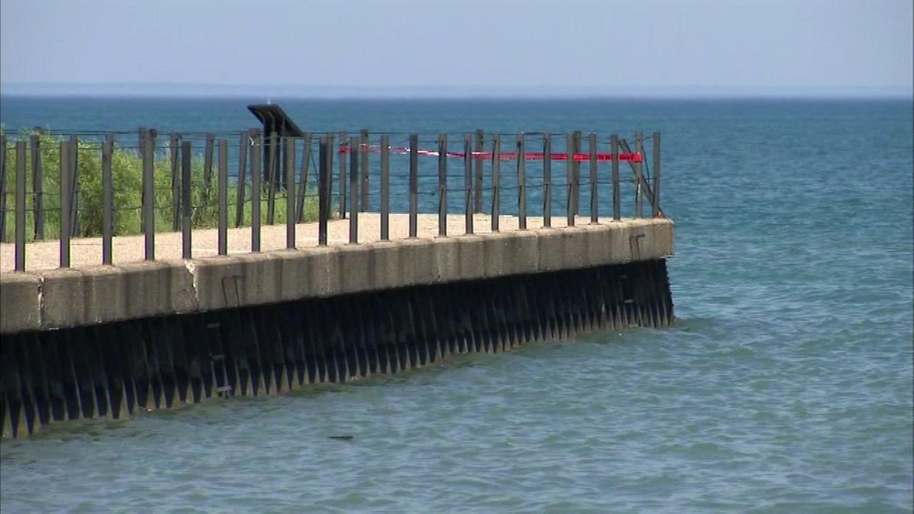 Police recover body from Lake Michigan