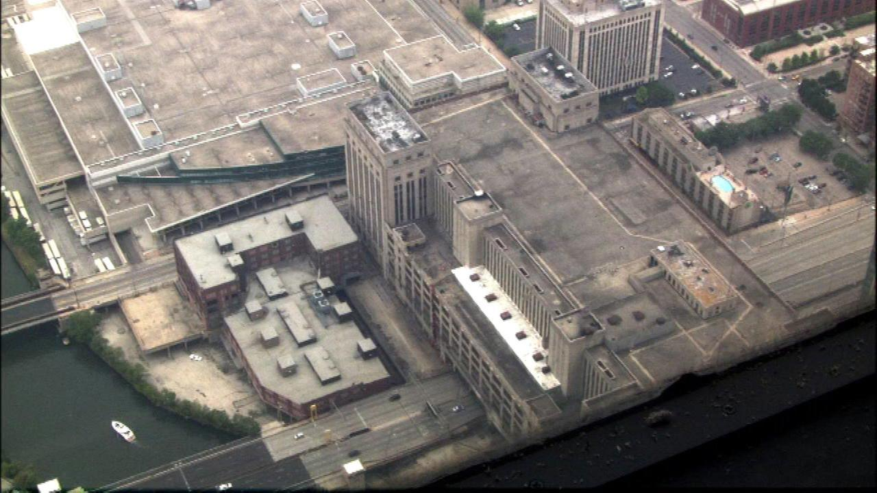 No injuries at Old Chicago Main Post Office fire