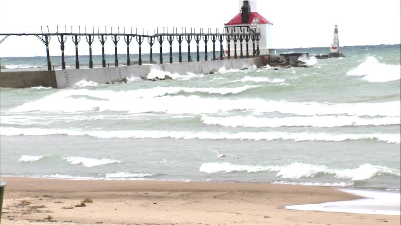 Teen critical after near-drowning in Michigan City