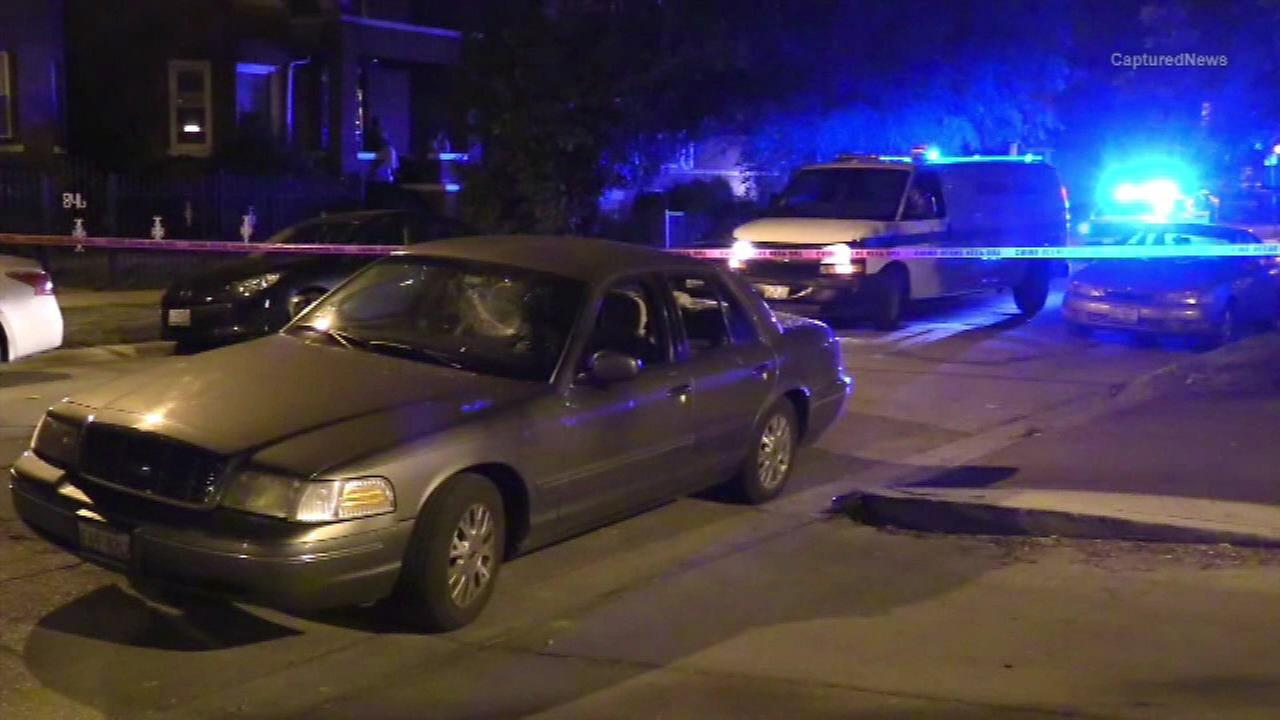 Three people were stabbed Saturday night int eh Austin neighborhood.