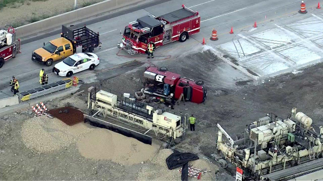 1 extricated 1 hurt in eastbound i 90 construction zone crash near elmhurst road in des plaines. Black Bedroom Furniture Sets. Home Design Ideas