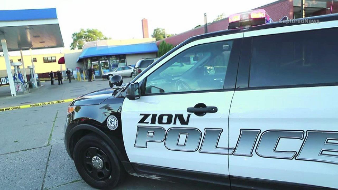 Man fatally stabbed in Zion gas station parking lot