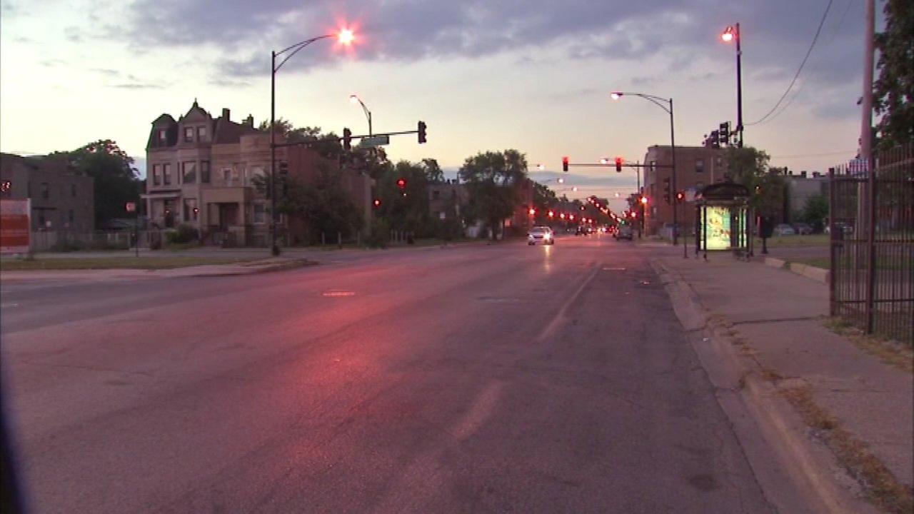 2 pedestrians struck during police pursuit in East Garfield Park