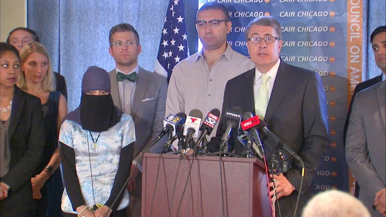 Muslim Woman Says Chicago Police Officers Ripped Off Her Hijab, Suit Says
