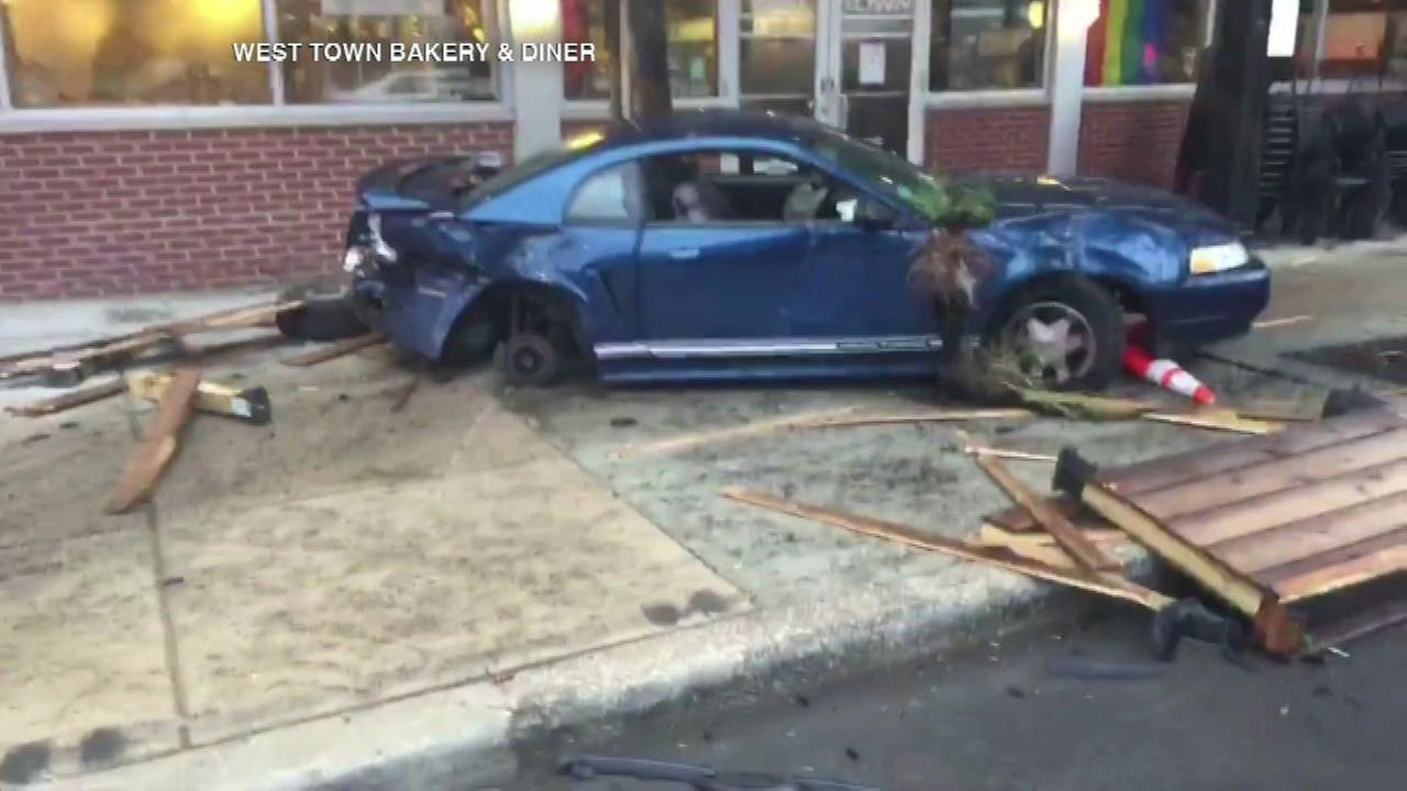 Car crashes into West Town Bakery and Diner in Ukrainian Village