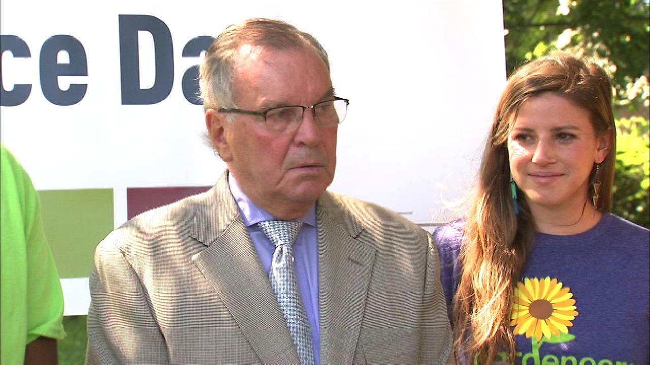 Former Mayor Daley decries Chicago violence