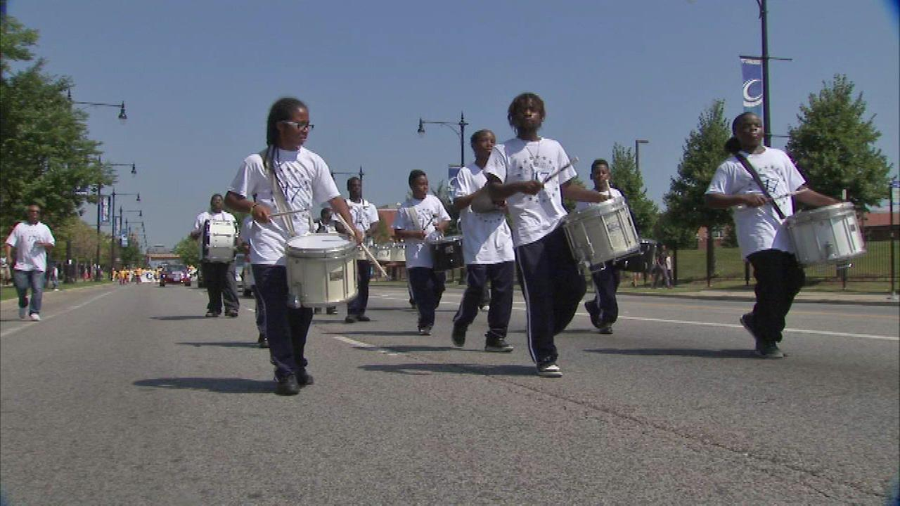 Englewood celebrates kids going back to school with annual parade