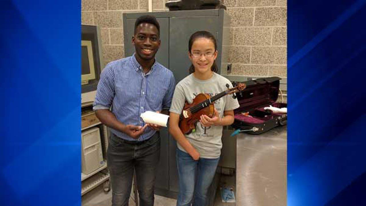 Oluseun Taiwo and Sarah Valentiner. Northern Illinois University