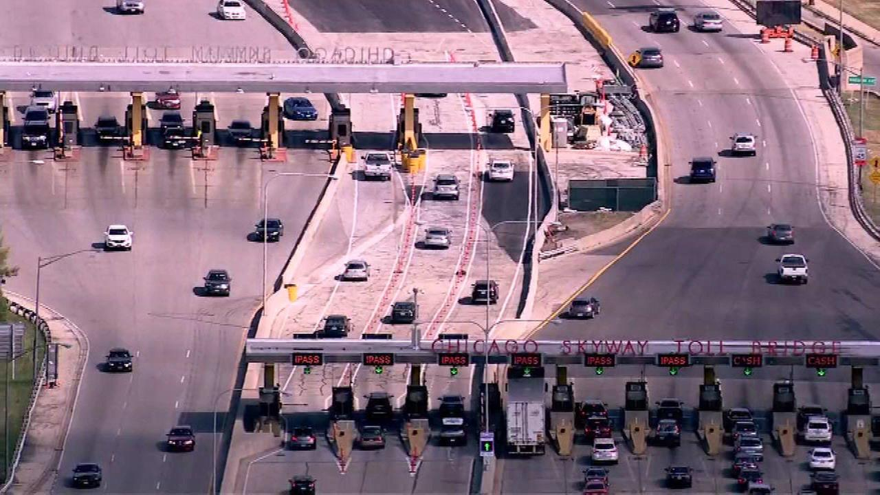 Chicago Skyway maintenance workers will strike Tuesday morning