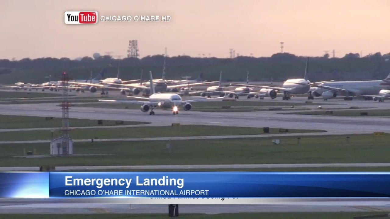 United Airlines flight makes emergency landing at O'Hare Airport