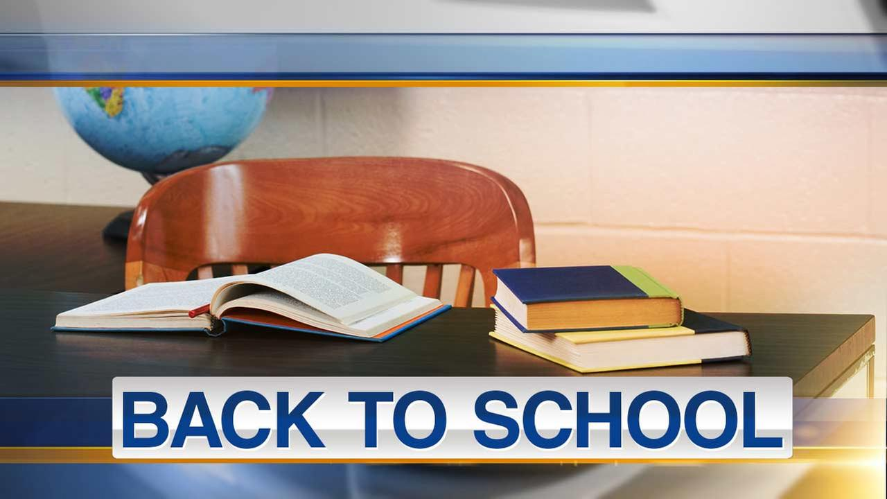 Back to school Monday for many Chicago area students