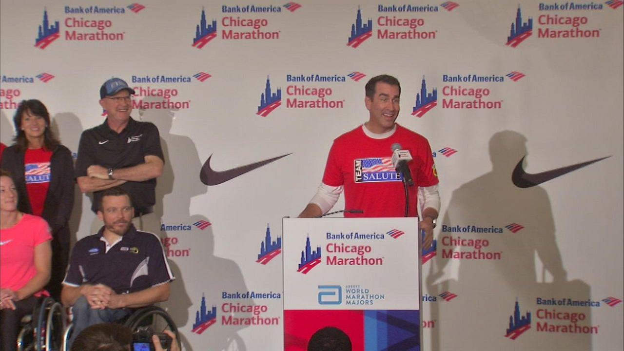 Actor Rob Riggle will run in Chicago Marathon Sunday
