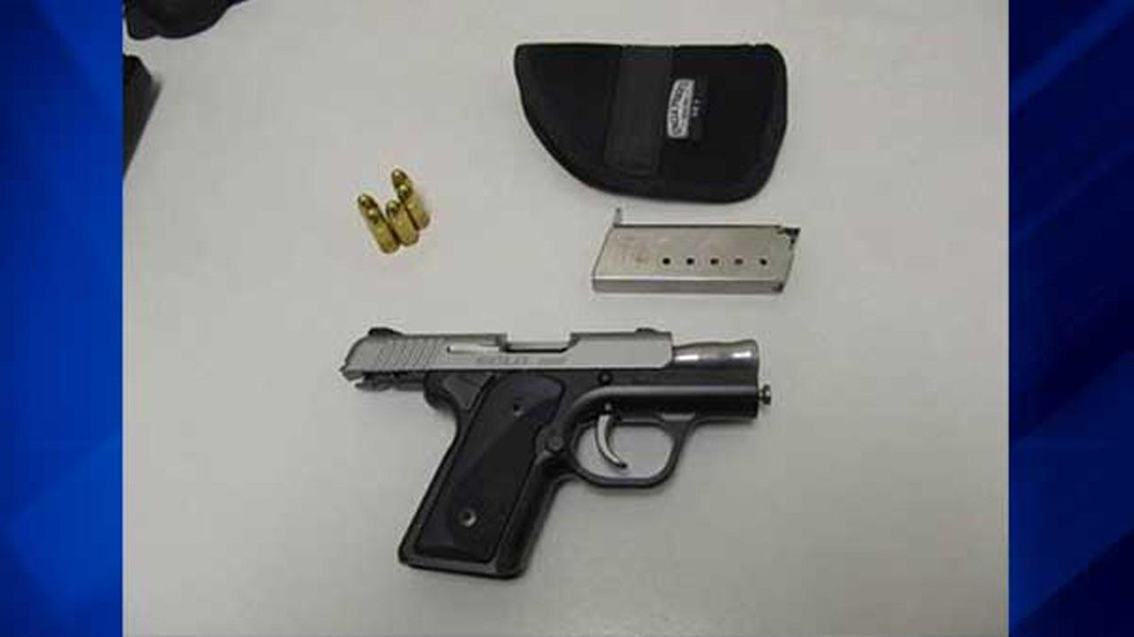 Loaded gun found in carry-on bag at Midway Airport