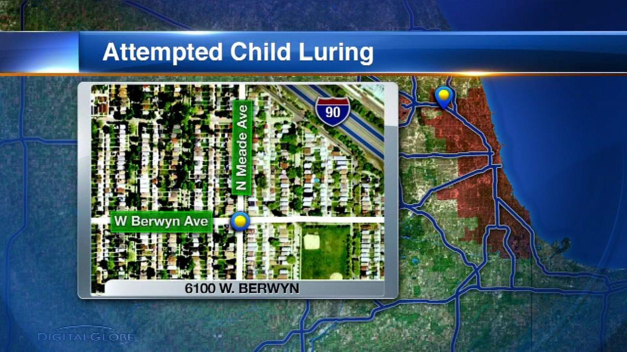 Police: Man tried luring teen into car in Jefferson Park