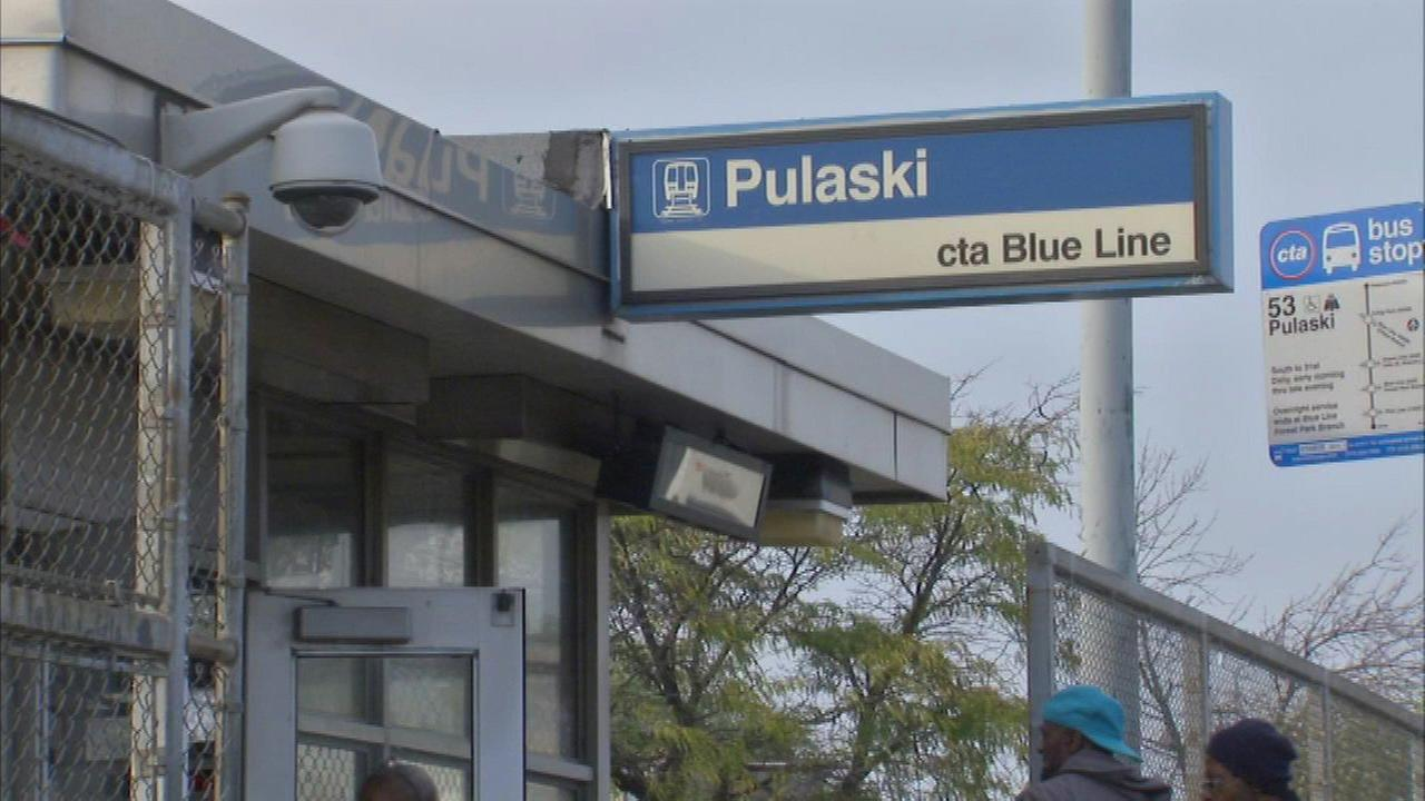Robberies reported on CTA Blue Line