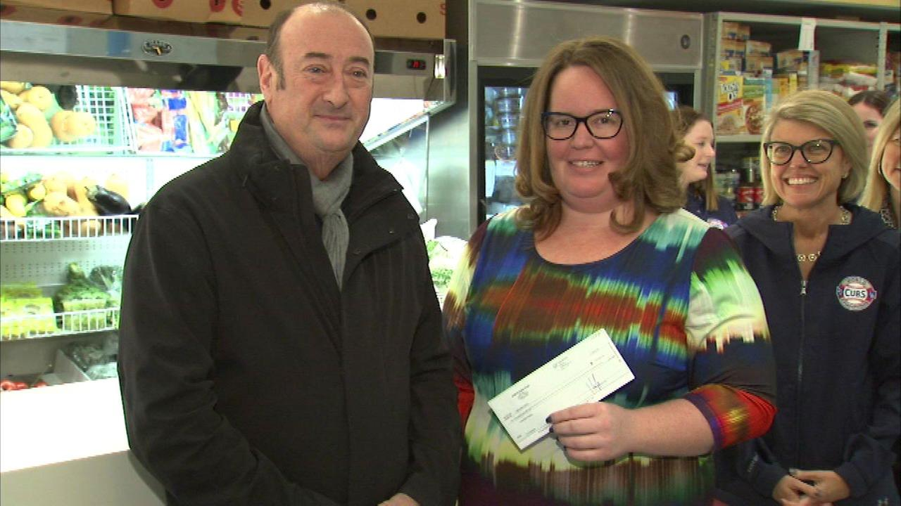 Donations from 2 Wrigleyville bars benefit Lakeview Pantry